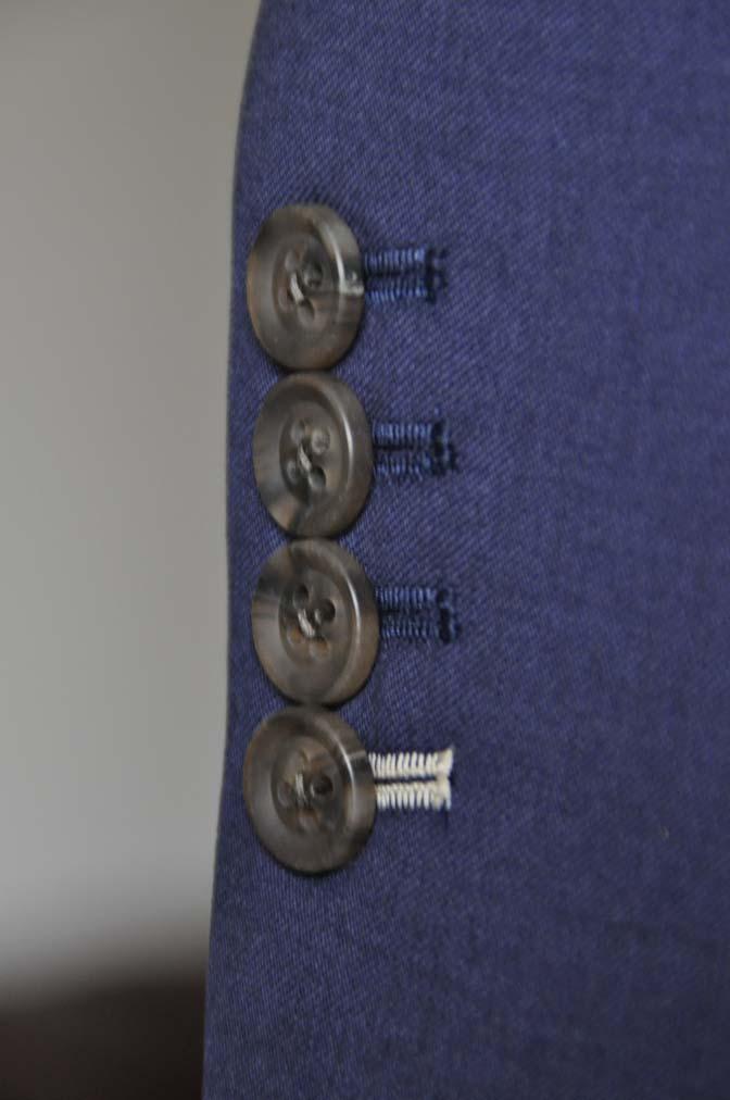 DSC0087-1 お客様のウエディング衣装の紹介-Biellesi ネイビースーツ ライトグレーベスト- 名古屋の完全予約制オーダースーツ専門店DEFFERT