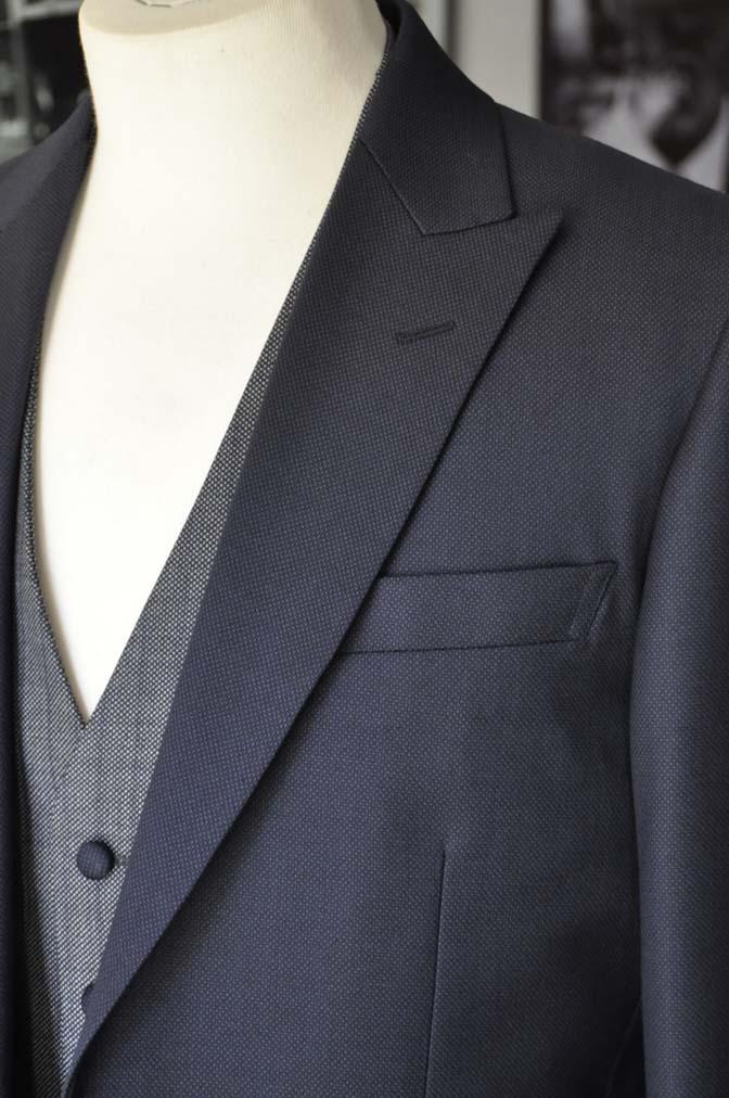 DSC00882 お客様のウエディング衣装の紹介- ネイビーバーズアイスーツ、グレーベスト-DSC00882 お客様のウエディング衣装の紹介- ネイビーバーズアイスーツ、グレーベスト- 名古屋市のオーダータキシードはSTAIRSへ