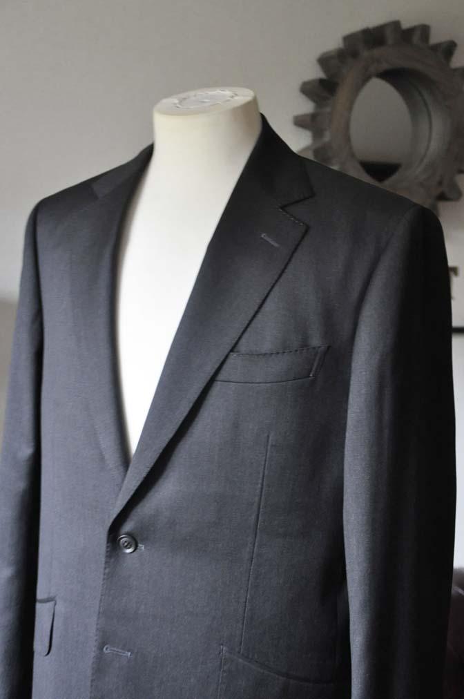 DSC0091-4 お客様のスーツの紹介-Biellesi無地グレースーツ-