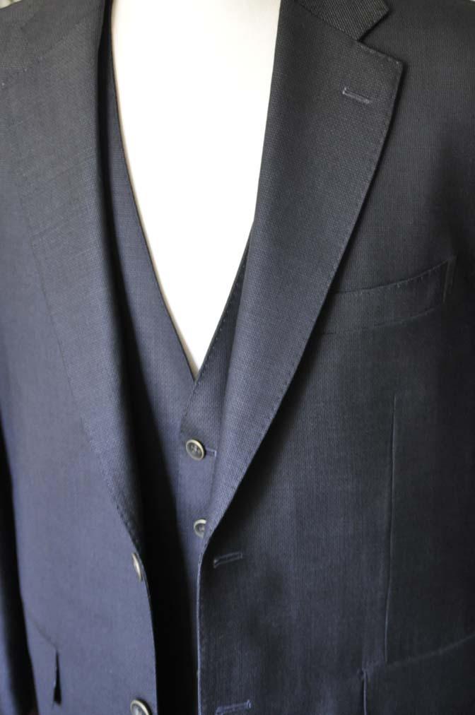 DSC0094-2 お客様のスーツの紹介- DUGDALE BROS 無地ネイビースリーピース- 名古屋の完全予約制オーダースーツ専門店DEFFERT