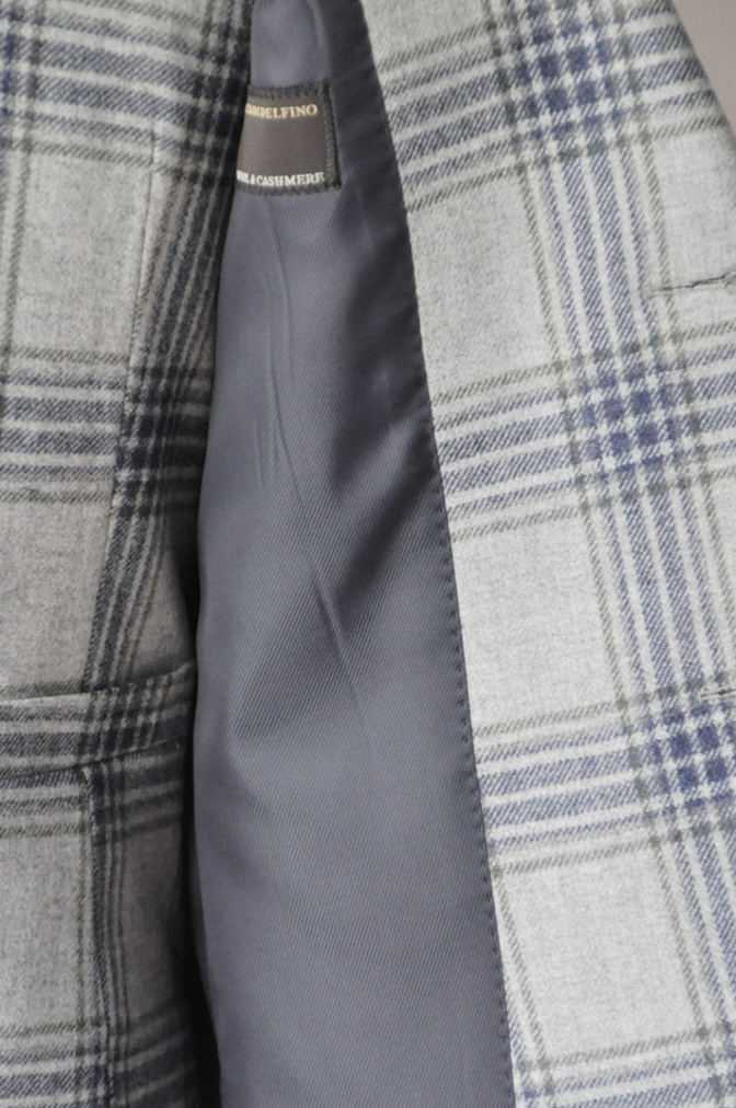 DSC00941 お客様のスーツの紹介-TALLIA DI DELFINO グレーチェックフランネル スリーピース- 名古屋の完全予約制オーダースーツ専門店DEFFERT