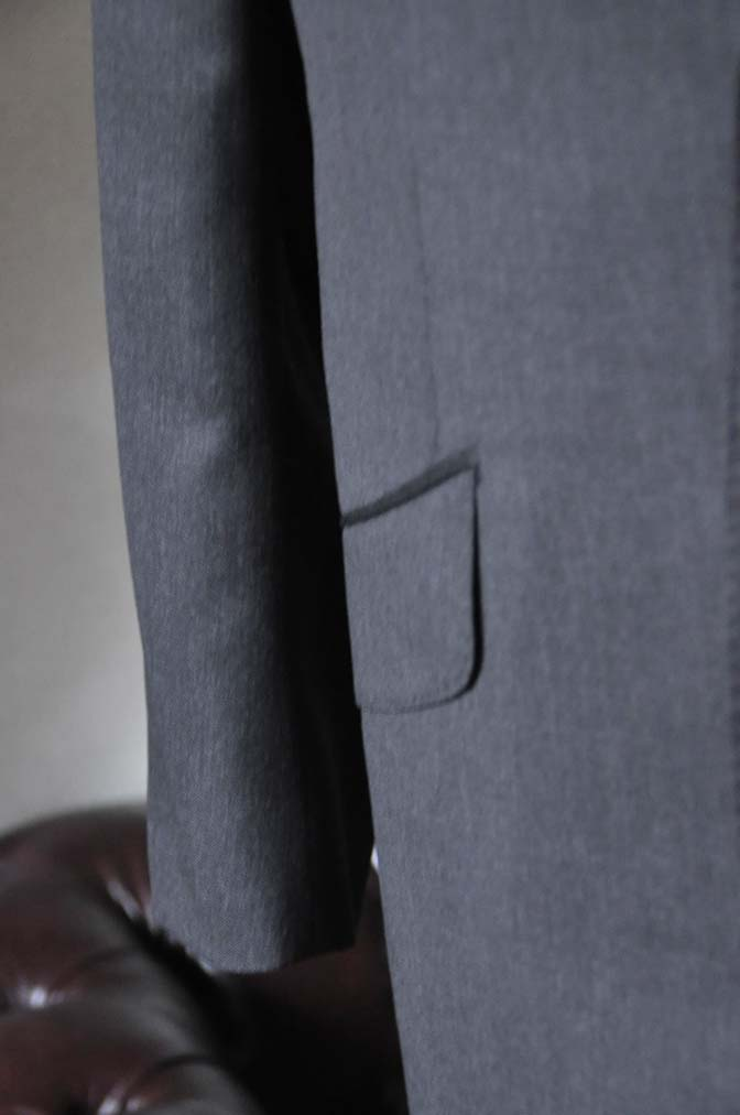 DSC0095-2 お客様のスーツの紹介-Biellesi無地グレースーツ- 名古屋の完全予約制オーダースーツ専門店DEFFERT