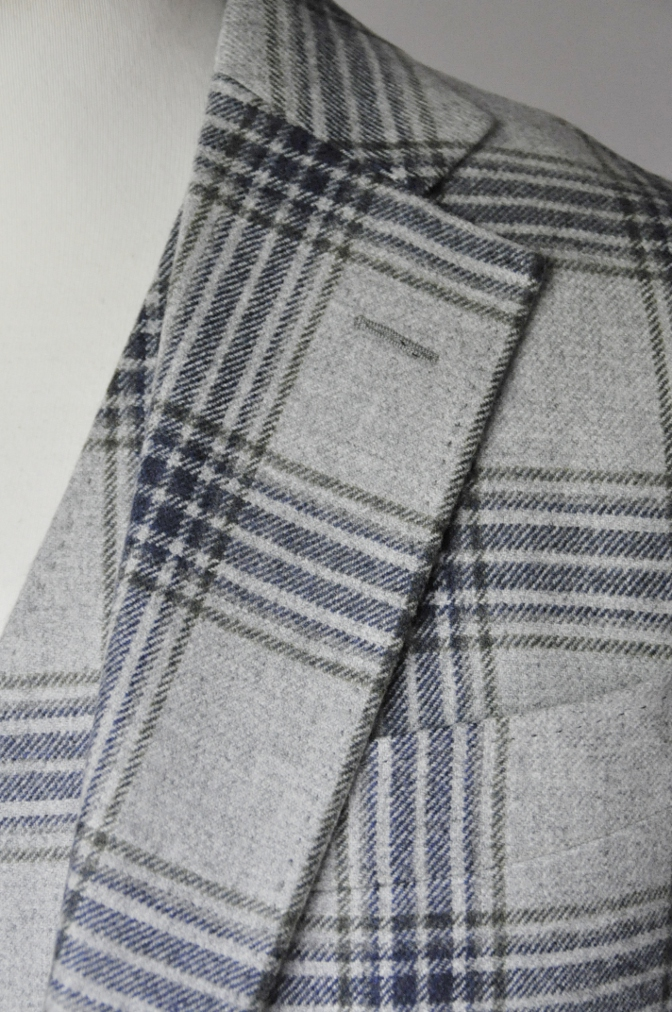 DSC0096 お客様のスーツの紹介-TALLIA DI DELFINO グレーチェックフランネル スリーピース-