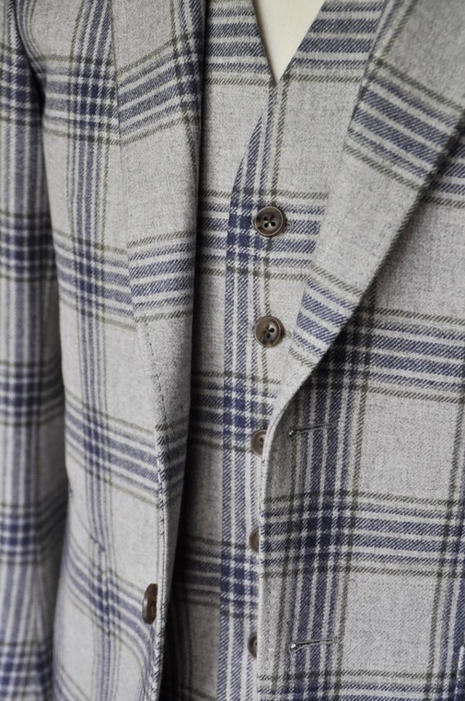 DSC00981 お客様のスーツの紹介-TALLIA DI DELFINO グレーチェックフランネル スリーピース- 名古屋の完全予約制オーダースーツ専門店DEFFERT