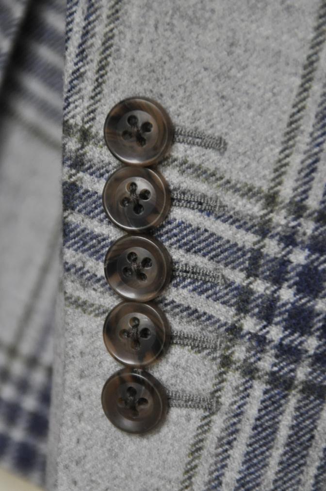 DSC0101 お客様のスーツの紹介-TALLIA DI DELFINO グレーチェックフランネル スリーピース- 名古屋の完全予約制オーダースーツ専門店DEFFERT