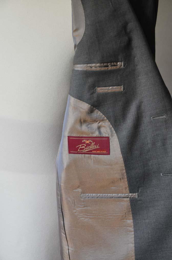 DSC0107-1 お客様のスーツの紹介- Biellesi 無地グレースーツ-