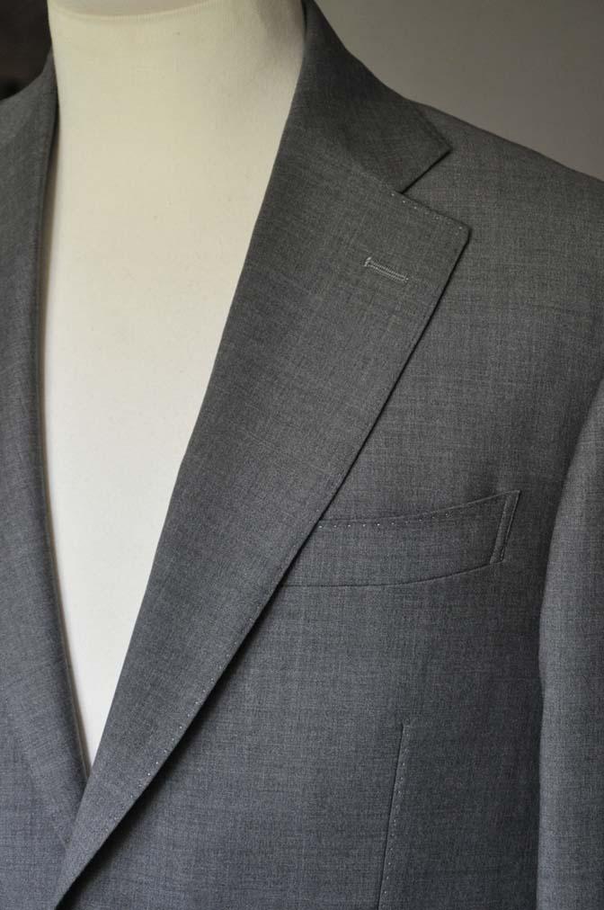 DSC0110-1 お客様のスーツの紹介- Biellesi 無地グレースーツ-