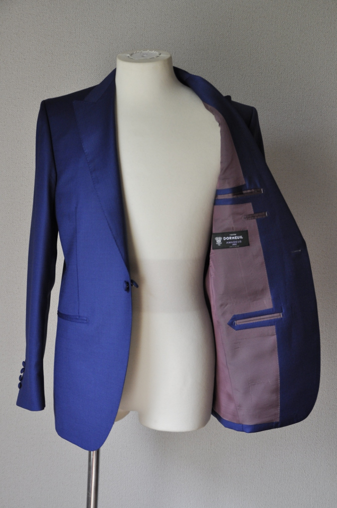 DSC01101 お客様のウエディング衣装の紹介- DORMEUIL  AMADEUSネイビーストライプスーツ グレーバーズアイベスト-
