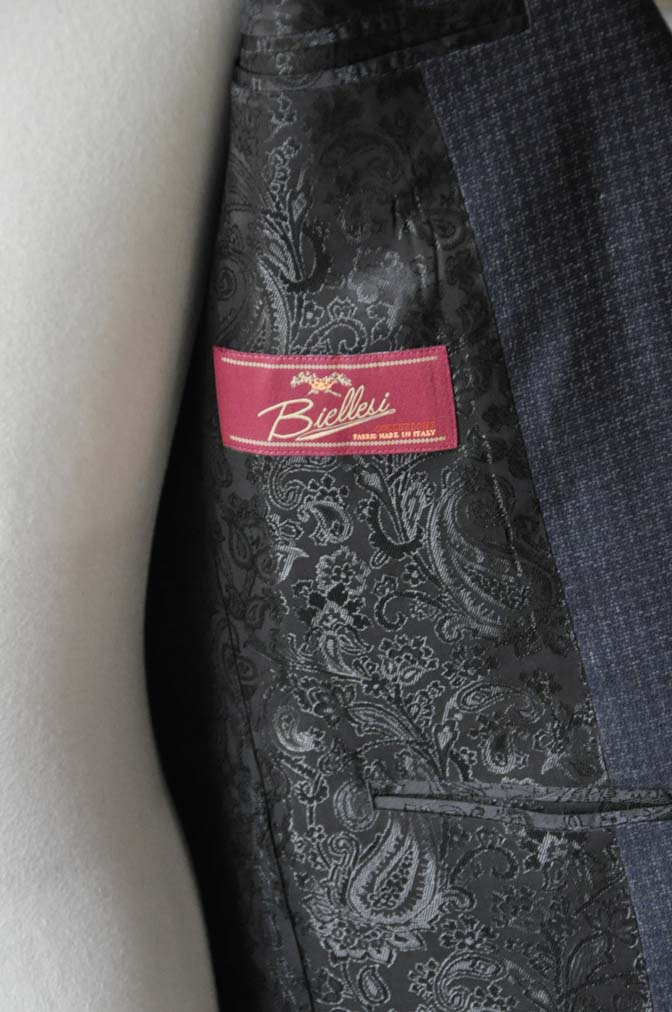 DSC0113-2 お客様のスーツの紹介-Biellesiネイビーグレースーツ-