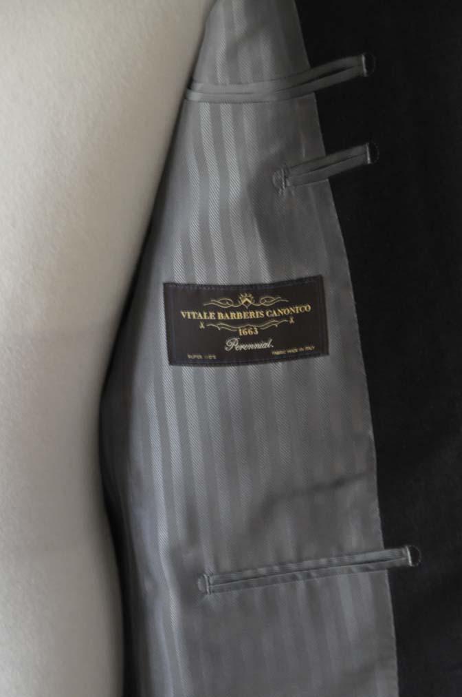 DSC01133 お客様のスーツの紹介-CANONICO 無地チャコールグレースーツ-