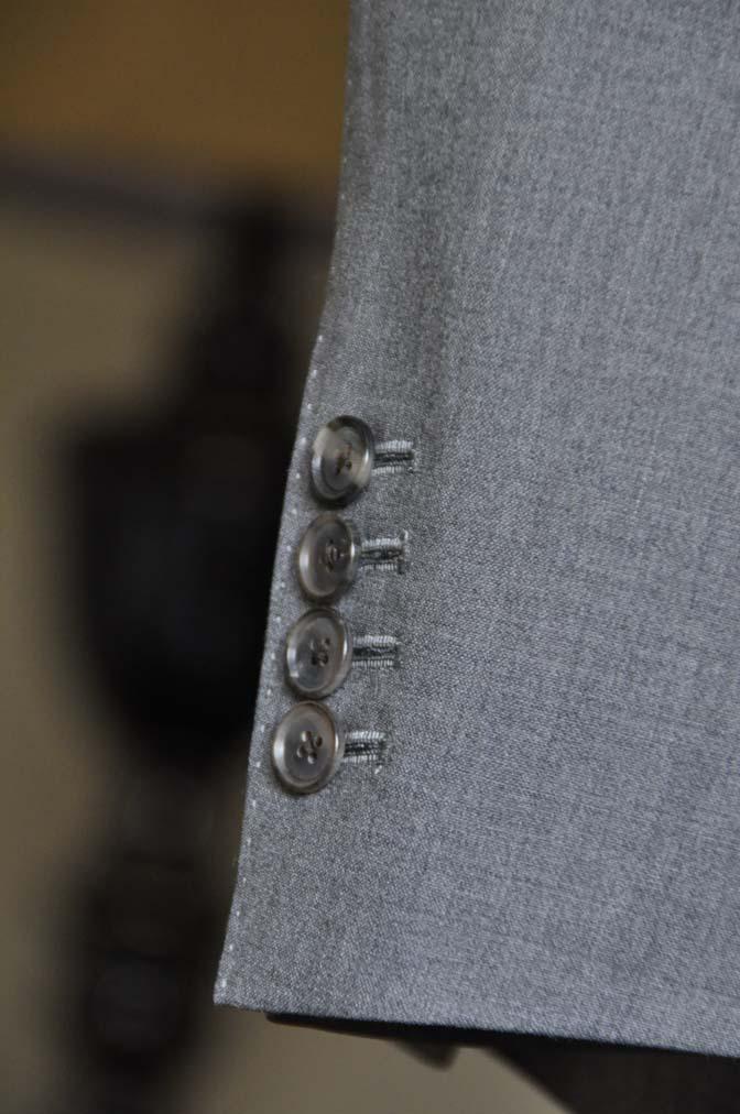 DSC0116-1 お客様のスーツの紹介- Biellesi 無地グレースーツ-