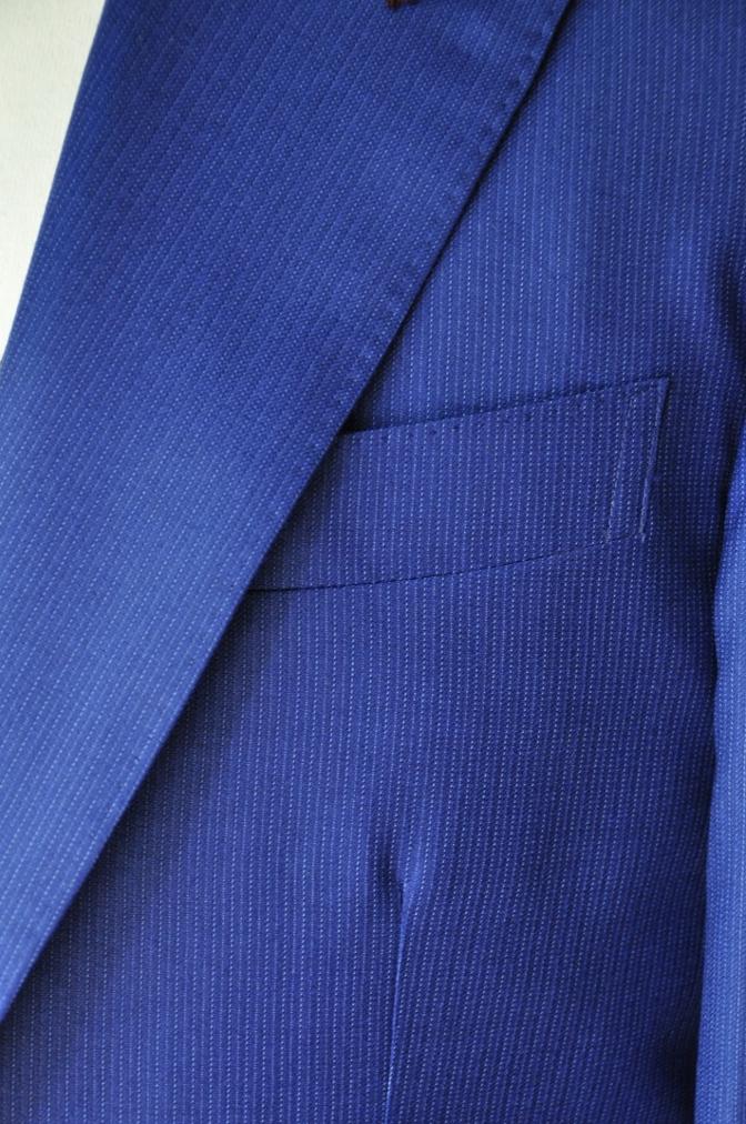 DSC0117 お客様のウエディング衣装の紹介- DORMEUIL  AMADEUSネイビーストライプスーツ グレーバーズアイベスト-