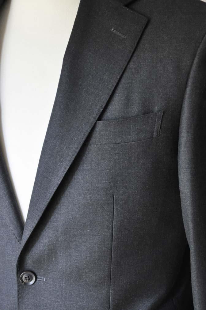 DSC01182 お客様のスーツの紹介-CANONICO 無地チャコールグレースーツ-
