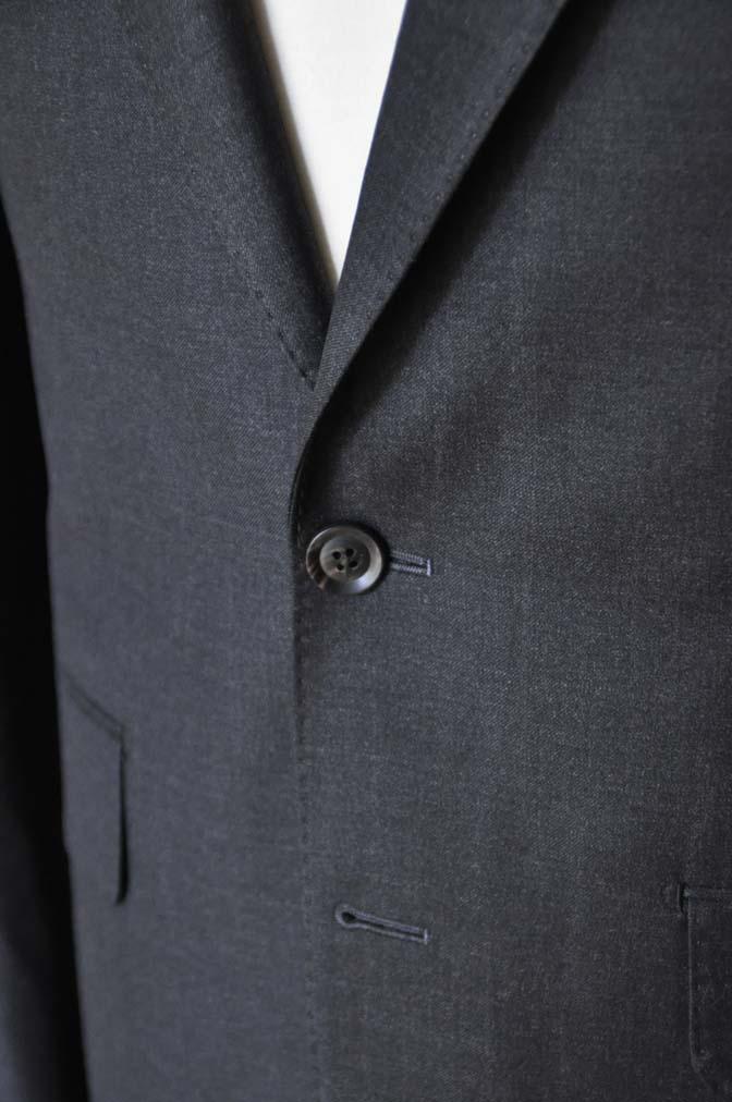 DSC01191 お客様のスーツの紹介-CANONICO 無地チャコールグレースーツ-