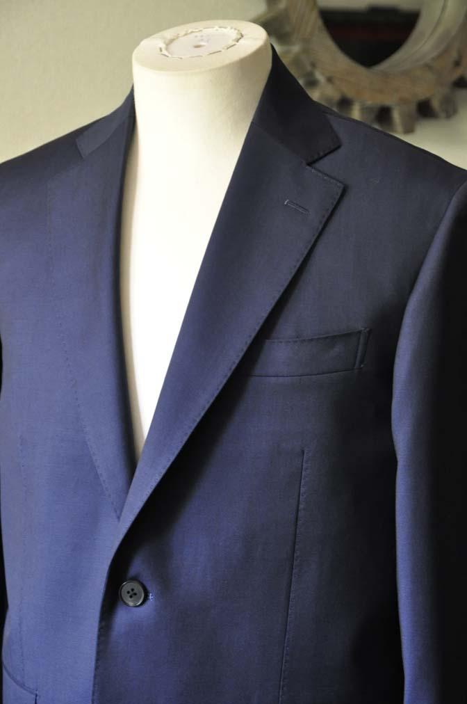 DSC0122-2 お客様のスーツの紹介- Canonico 無地ネイビースーツ-
