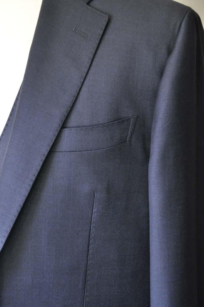 DSC0123-1 お客様のスーツの紹介- DOEMEUIL AMADEUS 無地ネイビースリーピーススーツ-