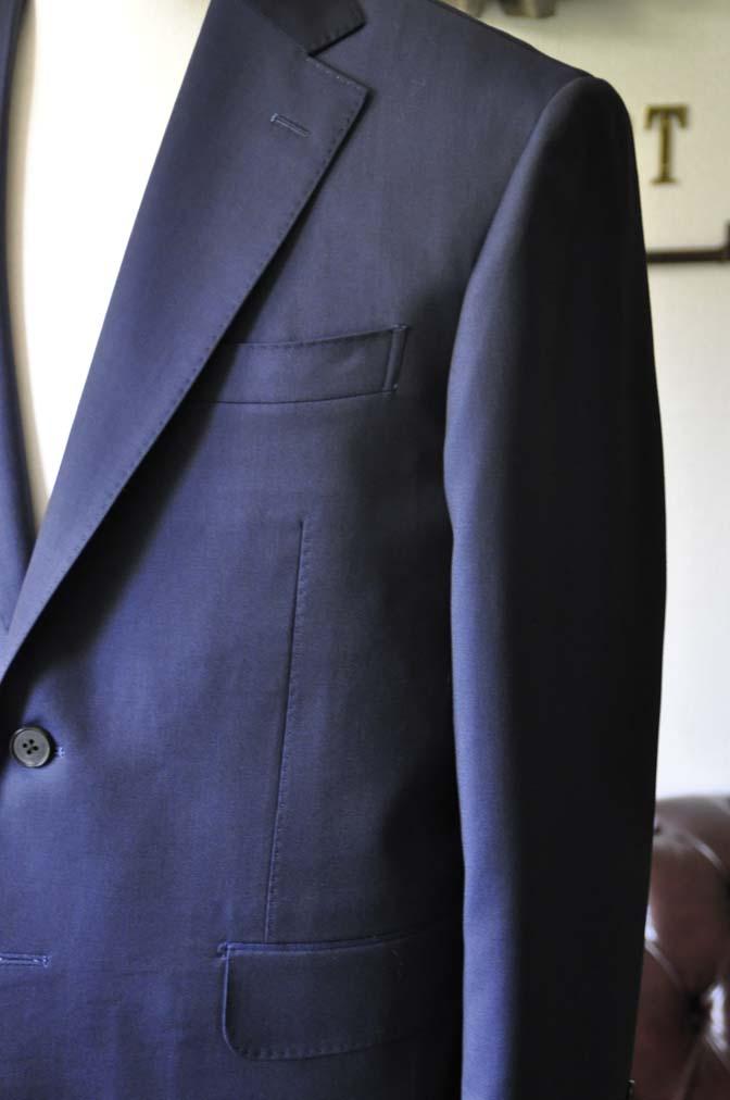 DSC0123-2 お客様のスーツの紹介- Canonico 無地ネイビースーツ-
