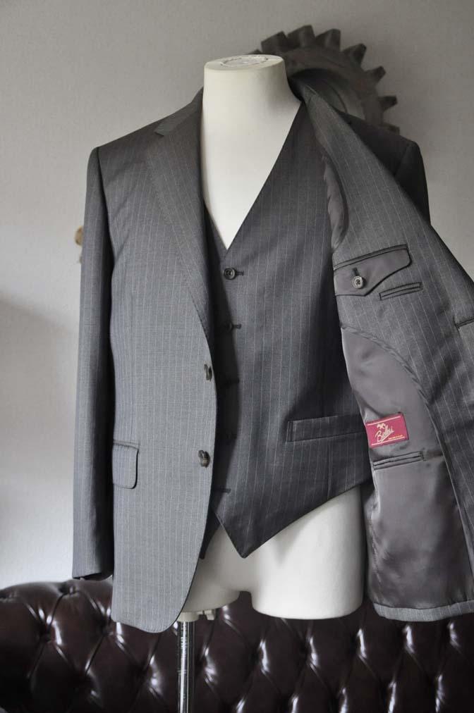 DSC0125-2 お客様のスーツの紹介- Biellesi グレーストライプスリーピース-
