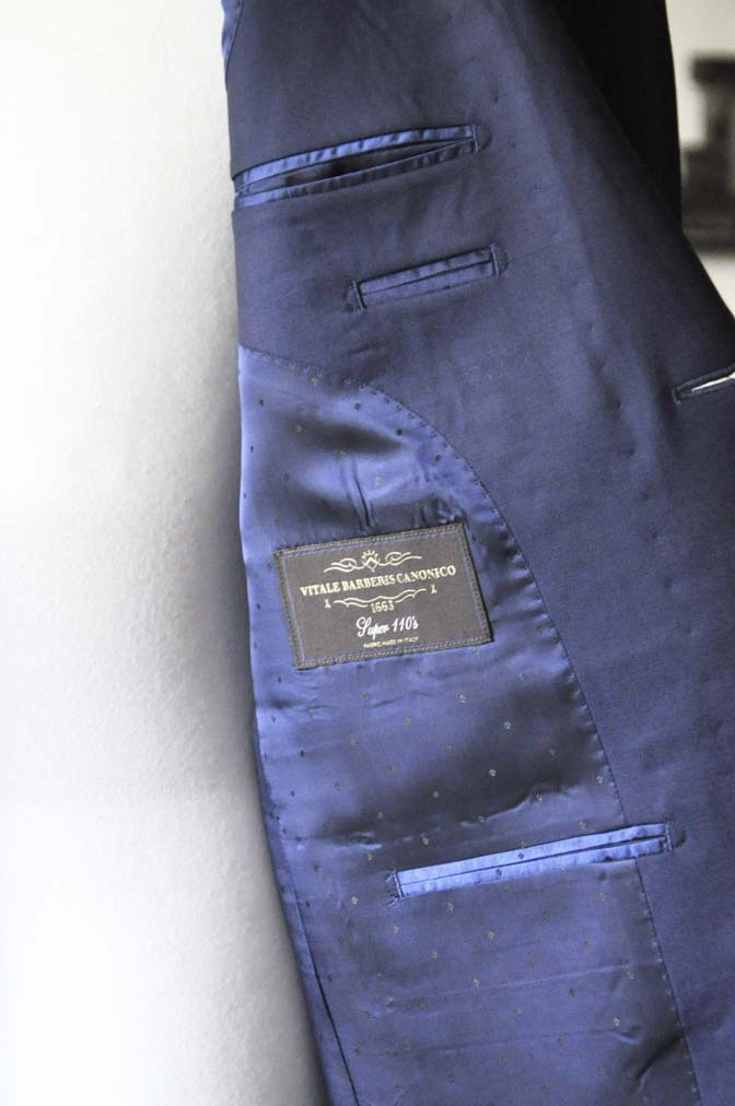 DSC0129-2 お客様のスーツの紹介- Canonico 無地ネイビースーツ-