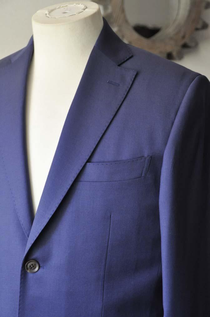 DSC0134-1 お客様のスーツの紹介- Biellesi 無地ネイビースーツ-