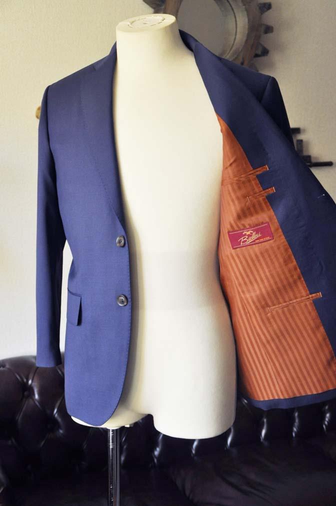 DSC0143-1 お客様のスーツの紹介- Biellesi 無地ネイビースーツ-