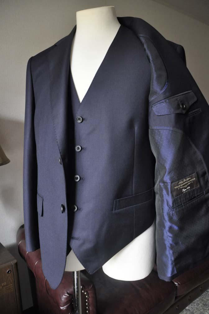 DSC0143-3 お客様のスーツの紹介- CANONICO 無地ネイビースリーピース- 名古屋の完全予約制オーダースーツ専門店DEFFERT