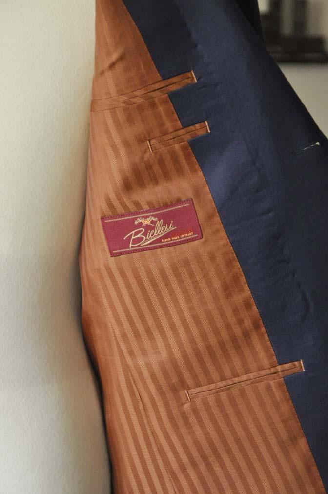 DSC0144-1 お客様のスーツの紹介- Biellesi 無地ネイビースーツ-