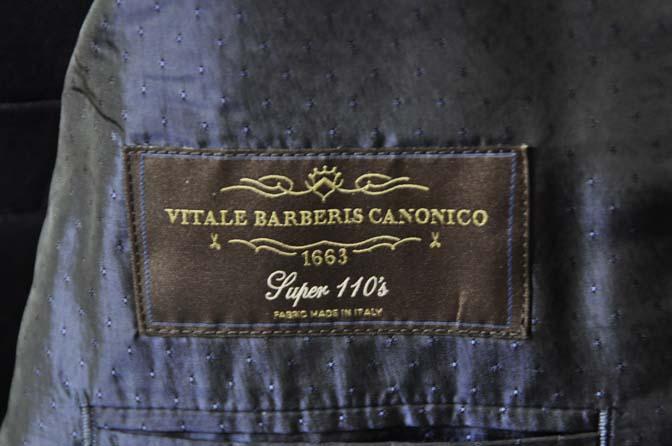 DSC0146-2 お客様のスーツの紹介- CANONICO 無地ネイビースリーピース-
