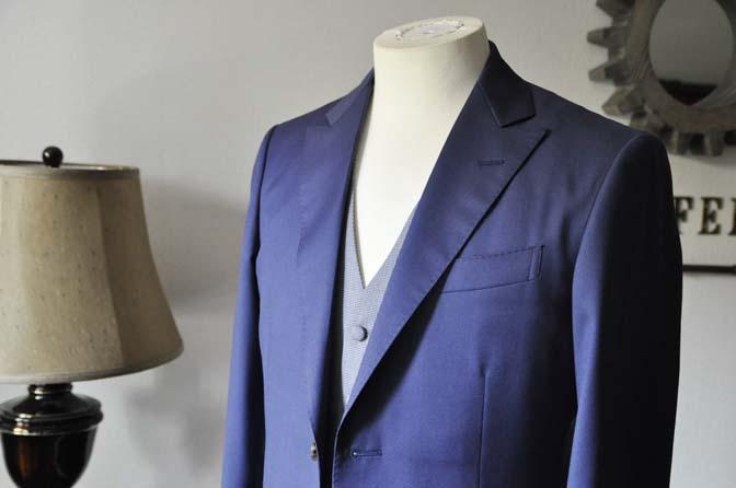 DSC0152-1 お客様のウエディング衣装の紹介-Biellesi ネイビースーツ グレー千鳥格子ベスト-