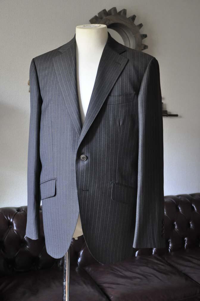DSC0154-2 お客様のスーツの紹介-REDAネイビーストライプ- 名古屋の完全予約制オーダースーツ専門店DEFFERT