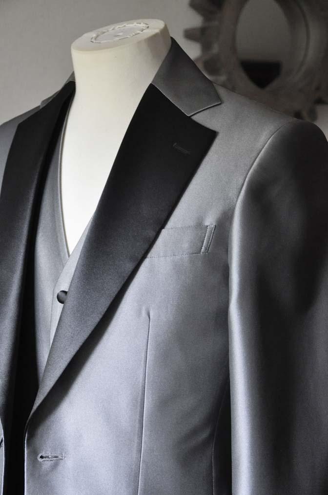 DSC0156-3 お客様の衣装の紹介- シルバーデザインタキシード スリーピース- 名古屋の完全予約制オーダースーツ専門店DEFFERT