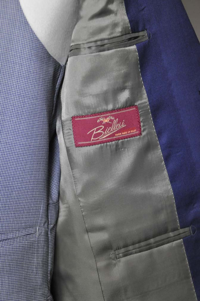 DSC0157-1 お客様のウエディング衣装の紹介-Biellesi ネイビースーツ グレー千鳥格子ベスト-DSC0157-1 お客様のウエディング衣装の紹介-Biellesi ネイビースーツ グレー千鳥格子ベスト- 名古屋市のオーダータキシードはSTAIRSへ