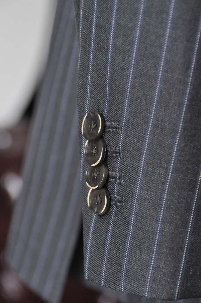 DSC0157-4 お客様のスーツの紹介-CANONICOグレーストライプ スリーピース-