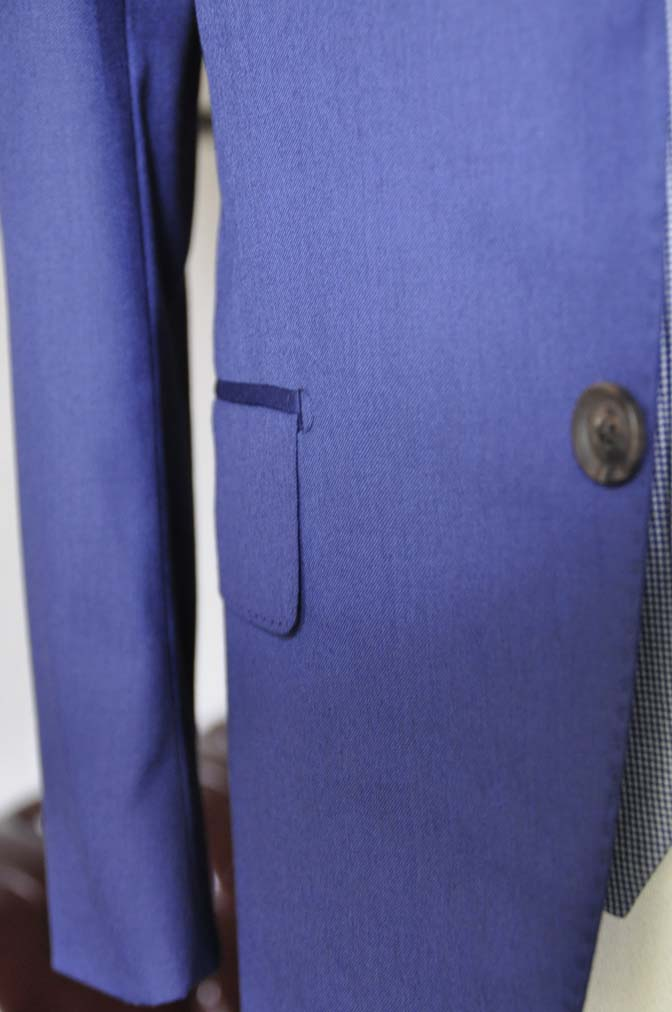 DSC0165-3 お客様のウエディング衣装の紹介-Biellesi ネイビースーツ グレー千鳥格子ベスト-DSC0165-3 お客様のウエディング衣装の紹介-Biellesi ネイビースーツ グレー千鳥格子ベスト- 名古屋市のオーダータキシードはSTAIRSへ