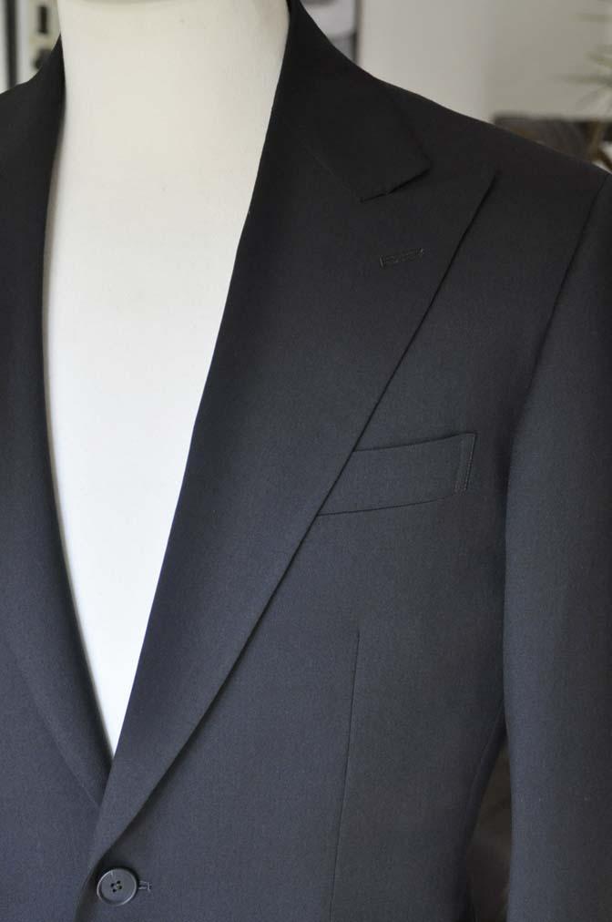 DSC0167-1 お客様のスーツの紹介- Biellesi ブラックスーツ-