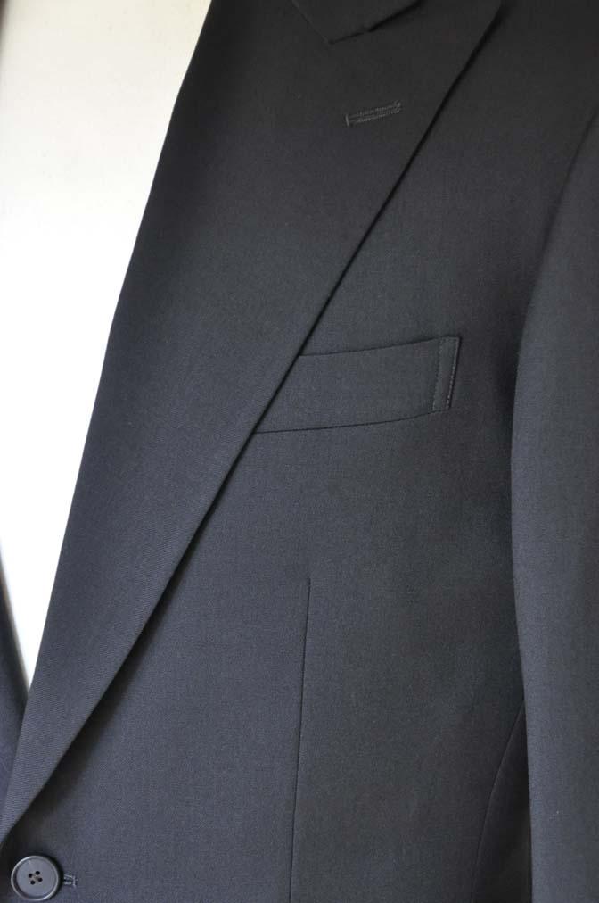 DSC0169-1 お客様のスーツの紹介- Biellesi ブラックスーツ-