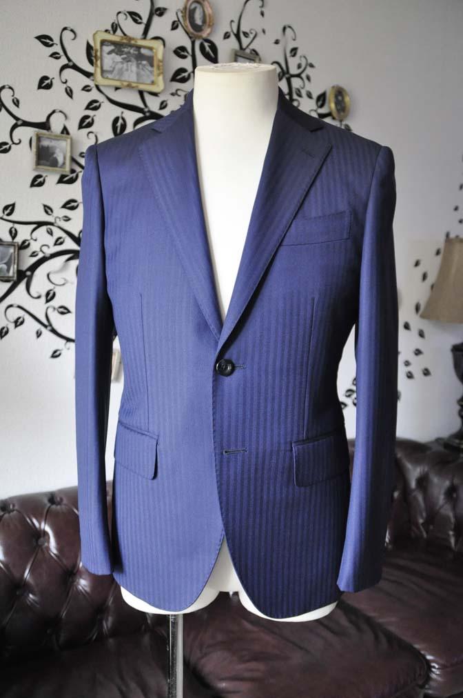 DSC0169-6 お客様のスーツの紹介-Biellesiネイビーヘリンボーンスーツ-
