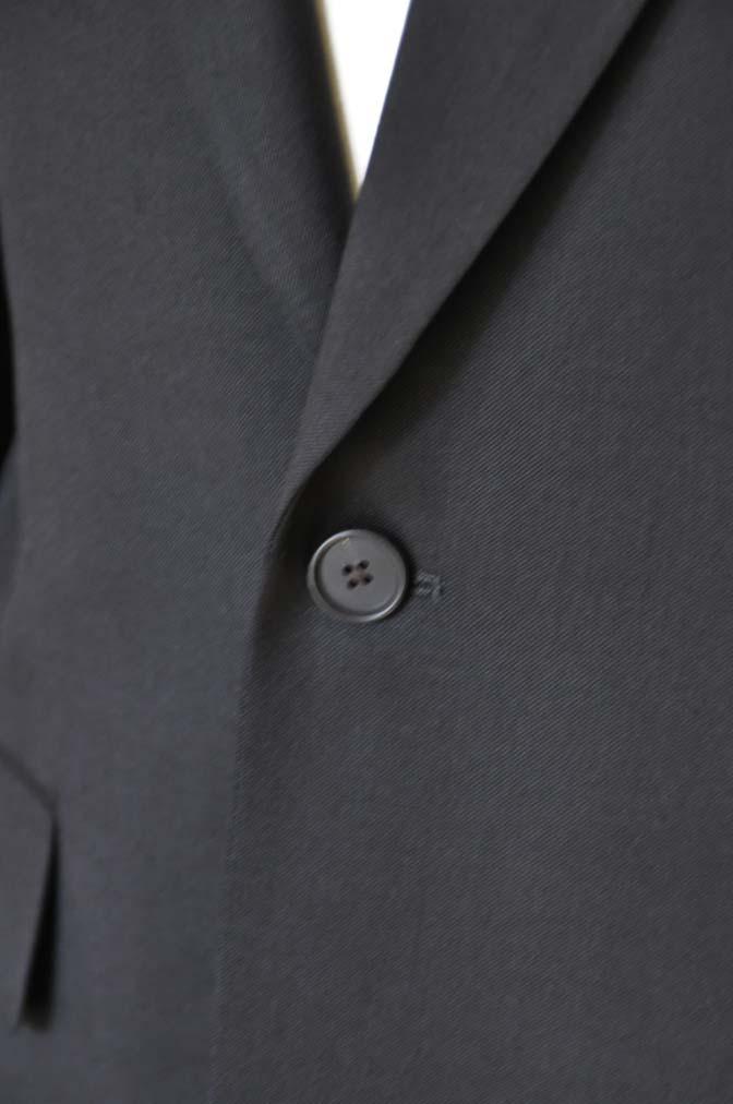 DSC0170 お客様のスーツの紹介- Biellesi ブラックスーツ-