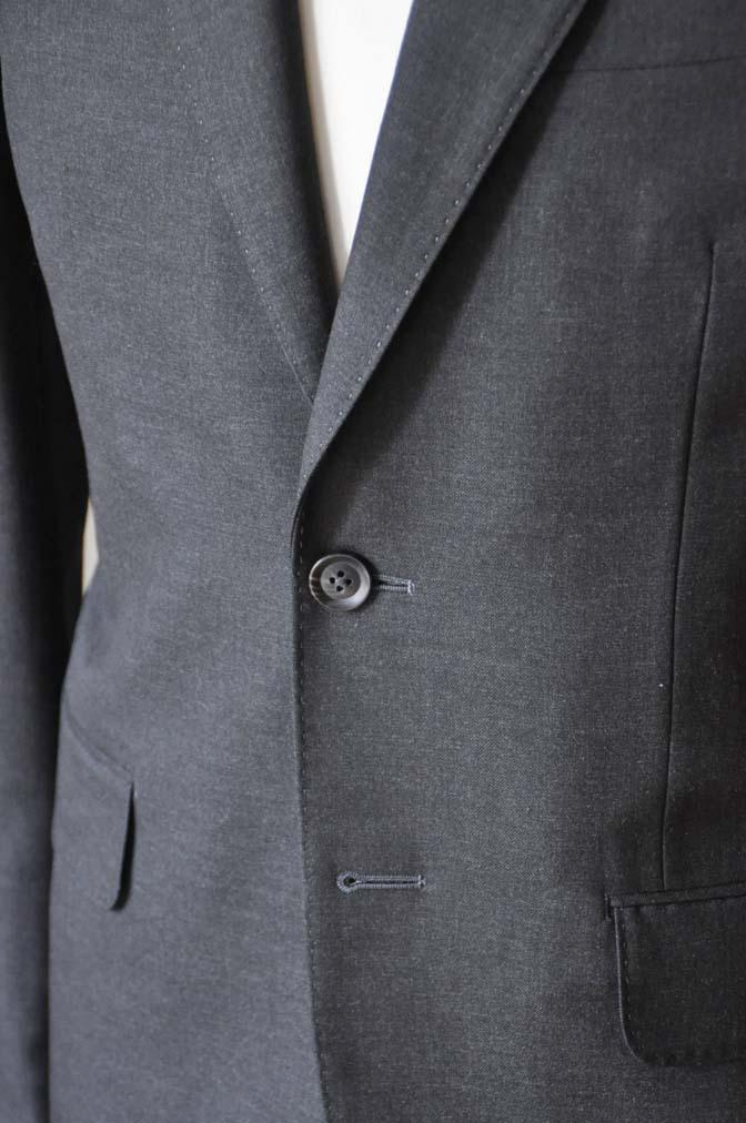 DSC0176-3 お客様のスーツの紹介- 無地チャコールグレースーツ-