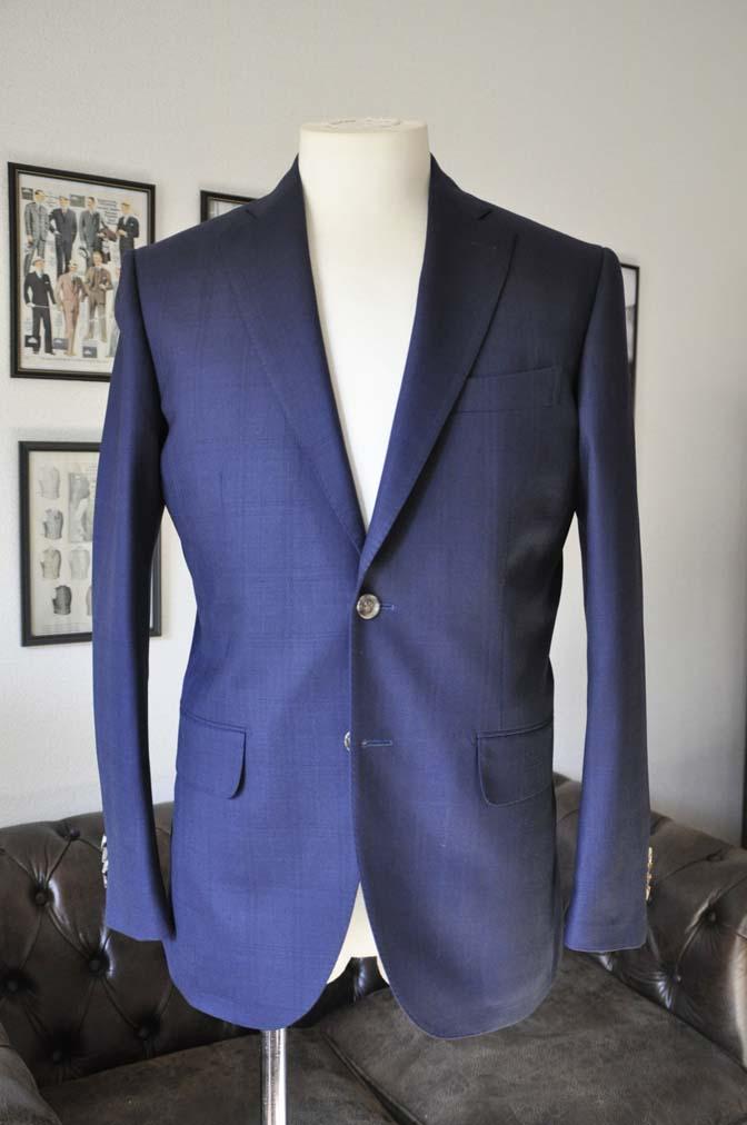 DSC01761 お客様のスーツの紹介- ネイビーチェックスーツ- 名古屋の完全予約制オーダースーツ専門店DEFFERT