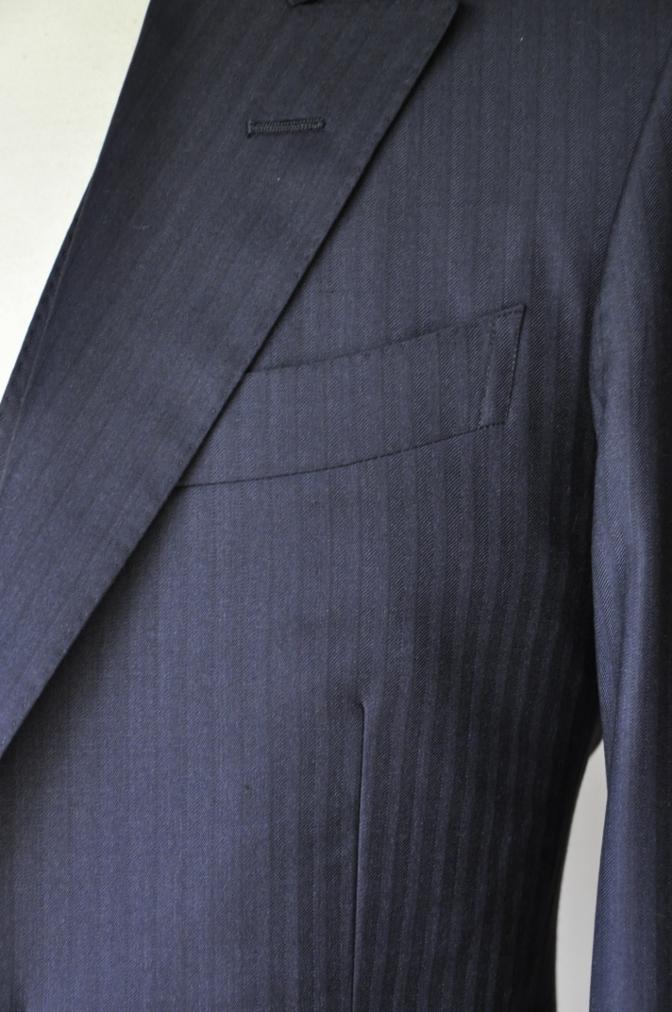 DSC01801 お客様のスーツの紹介-BIELLESI ネイビーストライプスリーピース-