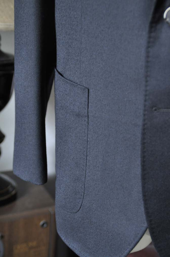 DSC0191-1 お客様のスーツの紹介- Biellesi 無地ブラックフランネルスーツ- 名古屋の完全予約制オーダースーツ専門店DEFFERT