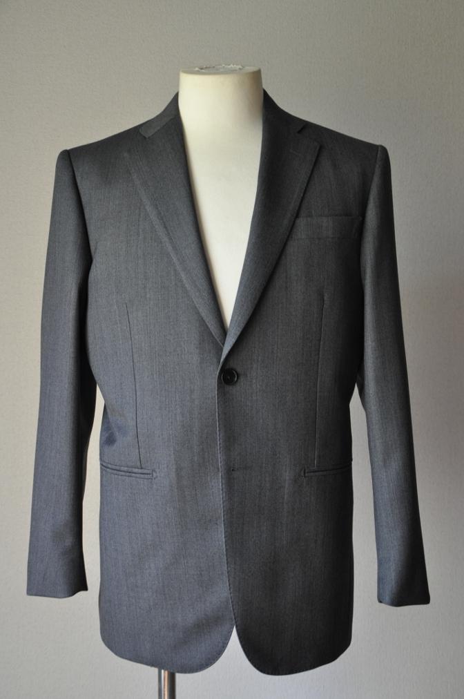 DSC01911 お客様のスーツの紹介-御幸毛織 Box Collection グレーバーズアイ-