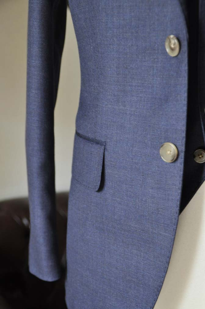 DSC0193-4 お客様のスーツの紹介- 御幸毛織 無地ネイビースリーピース-
