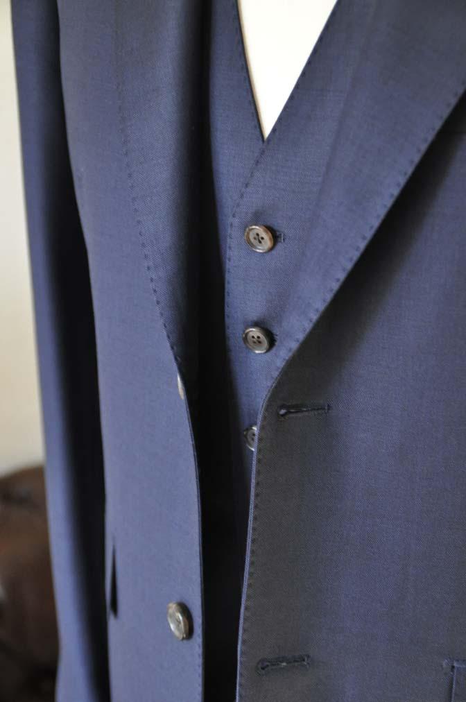 DSC0196-1 お客様のスーツの紹介- Canonico 無地ネイビースリーピース- 名古屋の完全予約制オーダースーツ専門店DEFFERT