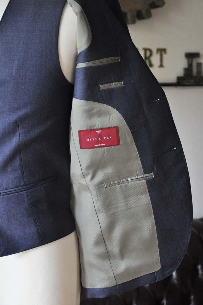 DSC0196-3 お客様のスーツの紹介- 御幸毛織 無地ネイビースリーピース-