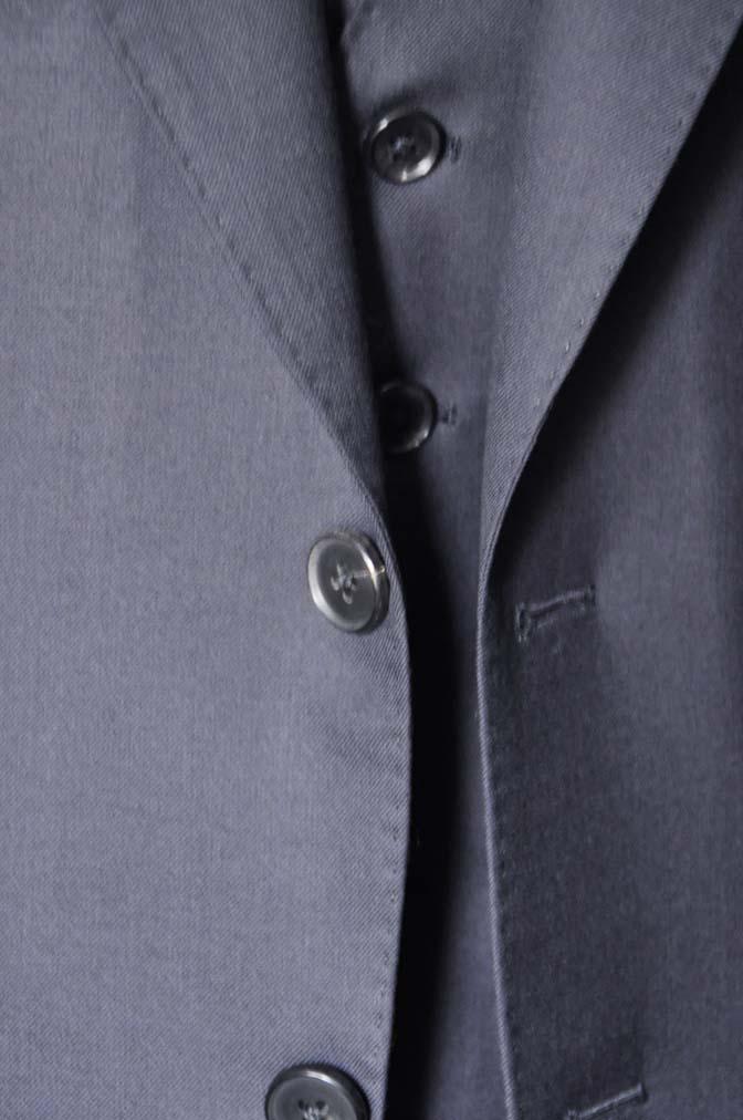 DSC0198-2 スーツの紹介- CAVENDISH 無地ネイビー スリーピース-