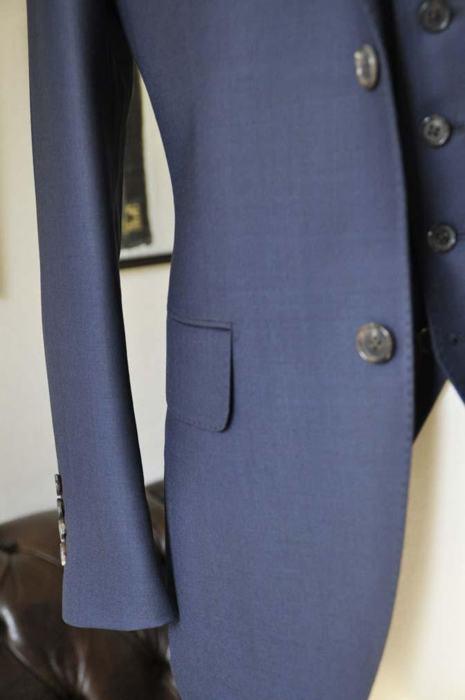 DSC0199-2 お客様のスーツの紹介- Canonico 無地ネイビースリーピース- 名古屋の完全予約制オーダースーツ専門店DEFFERT