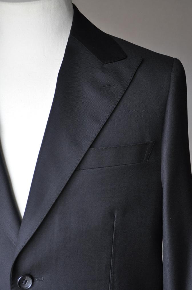 DSC02003 お客様のスーツの紹介-CANONICO ブラックスーツ-