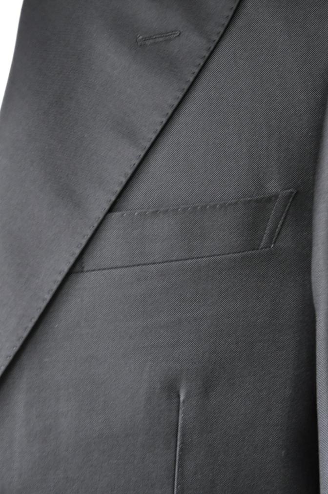 DSC0202 お客様のスーツの紹介-CANONICO ブラックスーツ-